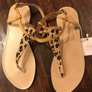 Leopard print sandals 6.5